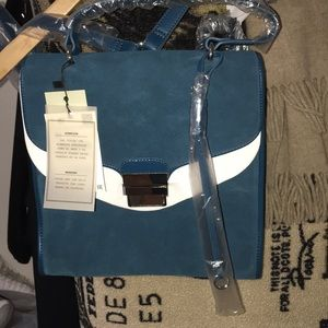 ⏳WOMANS Zara back pack purse